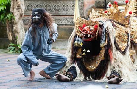 Barong- och krisdans