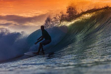 surfa pa bali
